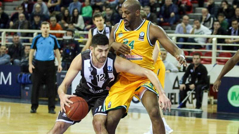 Ο παίκτης του ΠΑΟΚ Θωμάς Κώττας (Α) μαρκάρεται από τον παίκτη της Λιμόζ  Taore Ali (Δ) κατά τη διάρκεια του αγώνα ΠΑΟΚ - Λιμόζ για τον ευρωπαικό αγώνα EUROCUP ανδρών στο PAOK SPORT ARENA στη Θεσσαλονίκη, Τρίτη 12 Ιανουαρίου 2016. Τελικό αποτέλεσμα ΠΑΟΚ-Λιμόζ 88-75. ΑΠΕ ΜΠΕ/PIXEL/ΜΠΑΡΜΠΑΡΟΥΣΗΣ ΣΩΤΗΡΗΣ